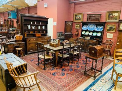 Furniture & Interiors 2020-09-25 Image
