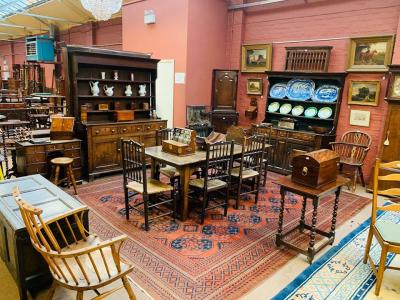 Masters Old & New: Furniture & Interiors with Fine Art 2020-09-24 Image