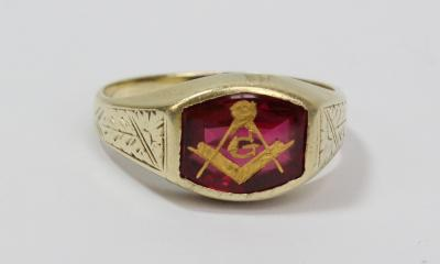Antiques & Fine Art with Sporting, Militaria, Silver, Jewellery
